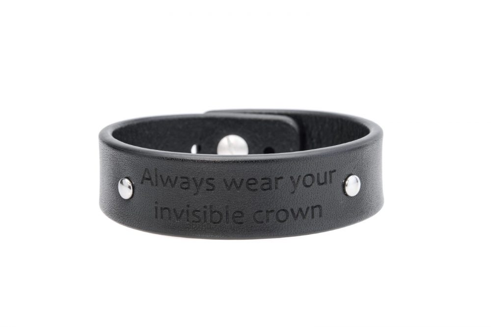 2 cm juoda apyrankė - Always wear your invisible crown