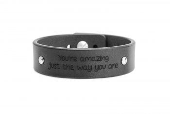 2 cm juoda apyrankė - You're amazing just the way you are